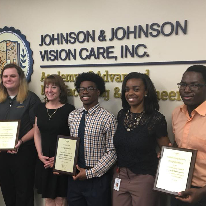 First Students Graduate from Johnson & Johnson Vision Care Advanced Manufacturing and Engineering Early College Academy