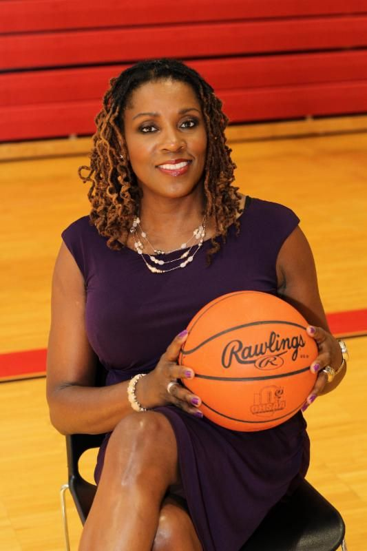 BlueWave Athletics Welcomes New Women's Head Basketball Coach