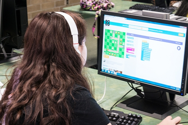 FSCJ Hosts Hour of Code Event