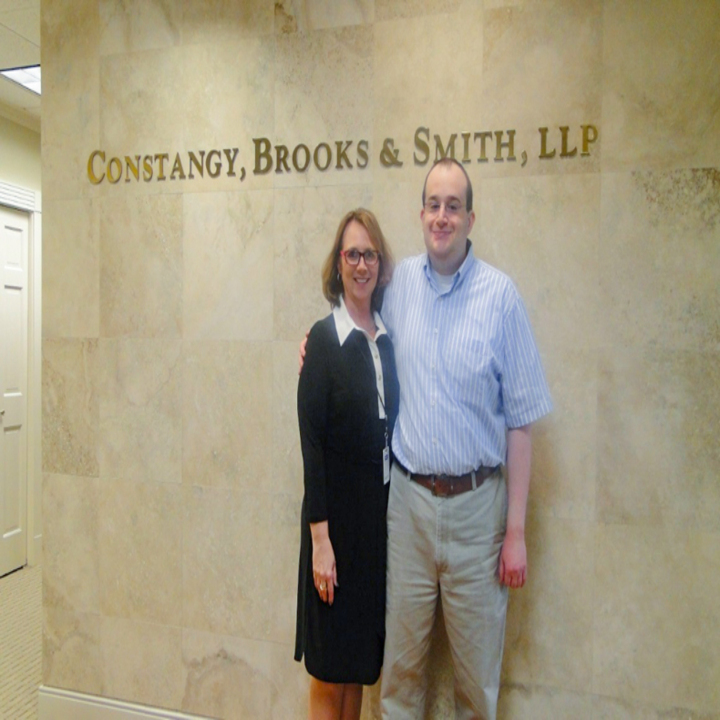 Class of 2015 Graduate Excels in the Paralegal Field