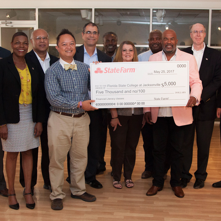 FSCJ Receives 2017 State Farm Good Neighbor Citizenship Education Grant for Financial Literacy Programs