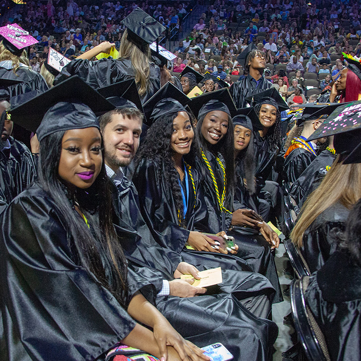 FSCJ Celebrates Graduating Class at the 52nd Annual Commencement Ceremony