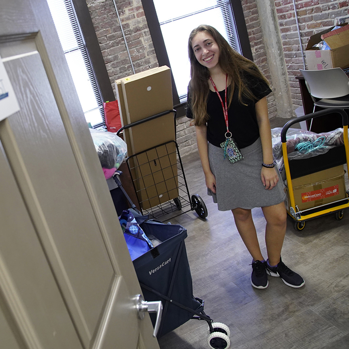 Students Move Into 20West Housing